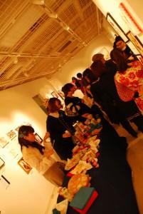 Blue Roses Girls illustration exhibitionレセプションパーティの様子